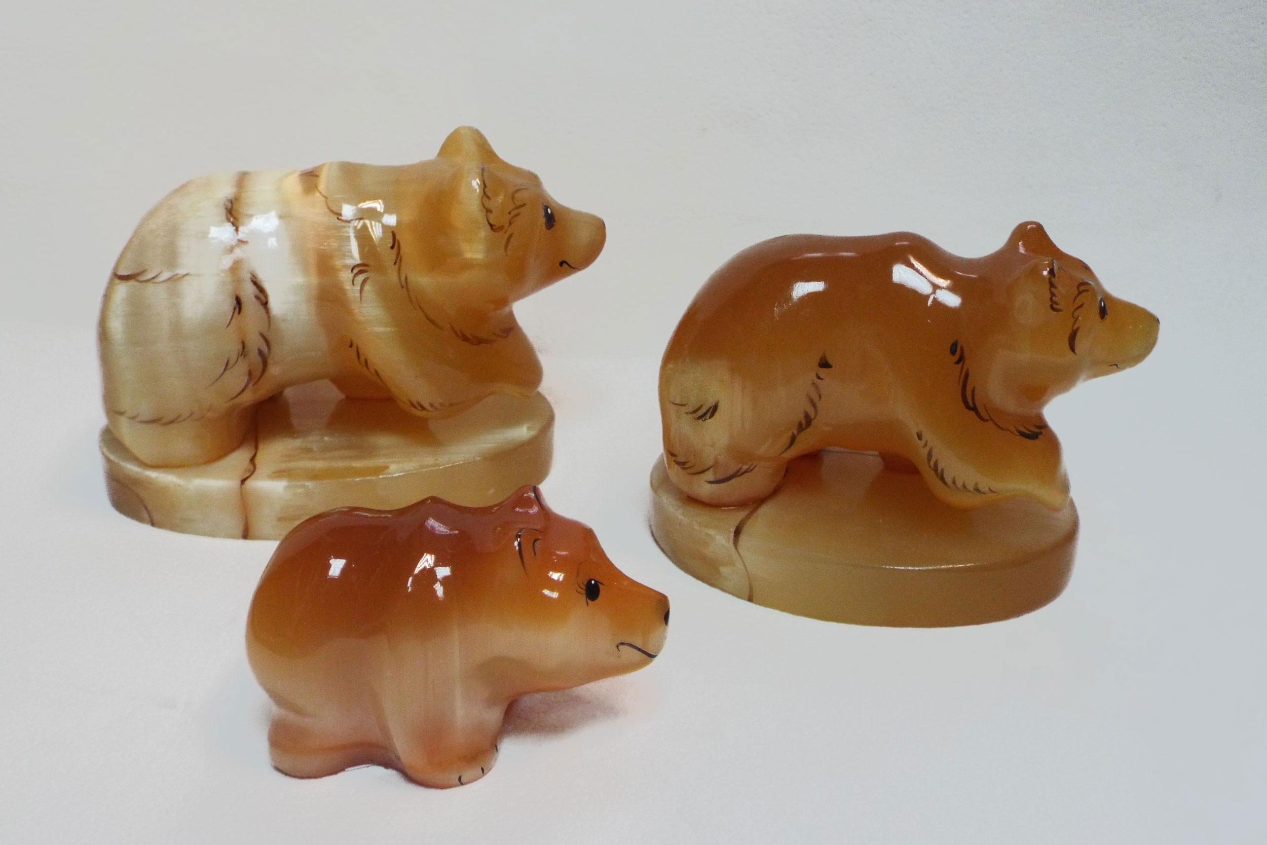Медведи из селенита