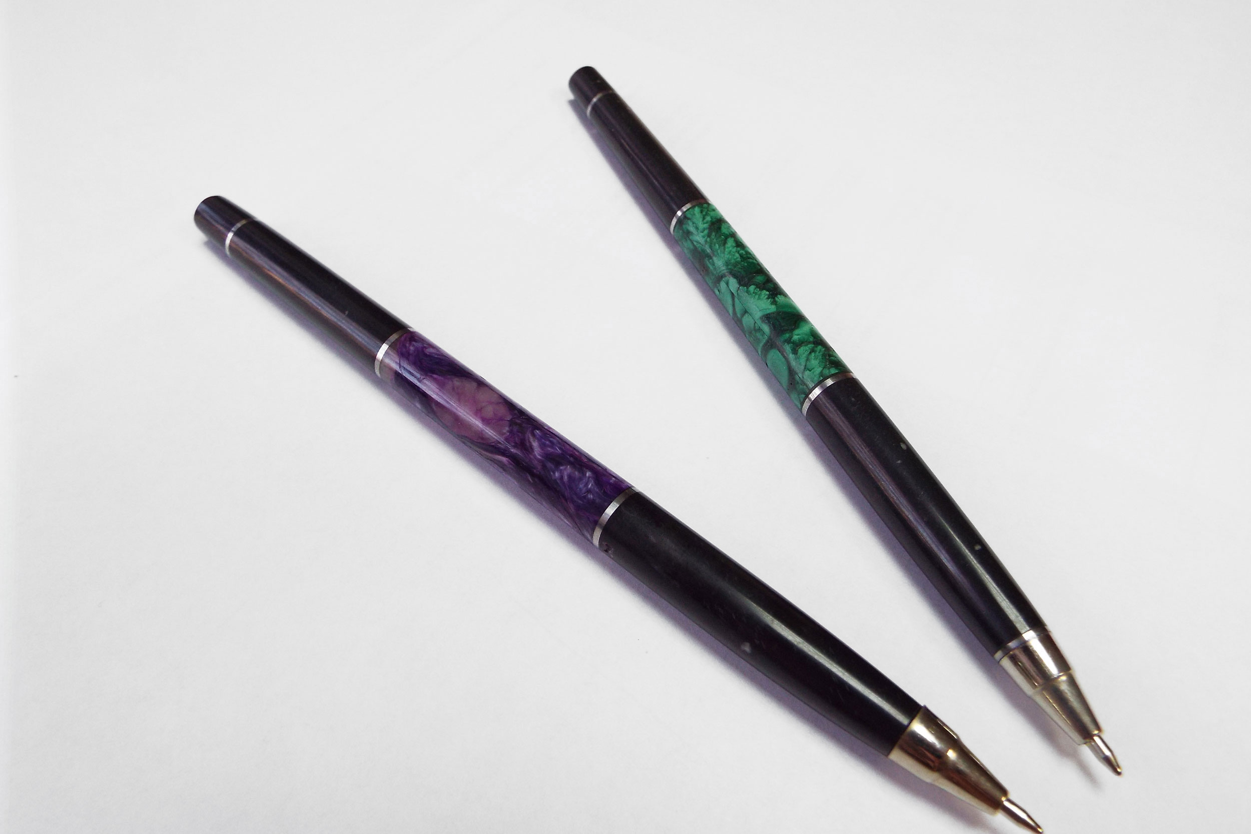 Ручки с малахитом и чароитом