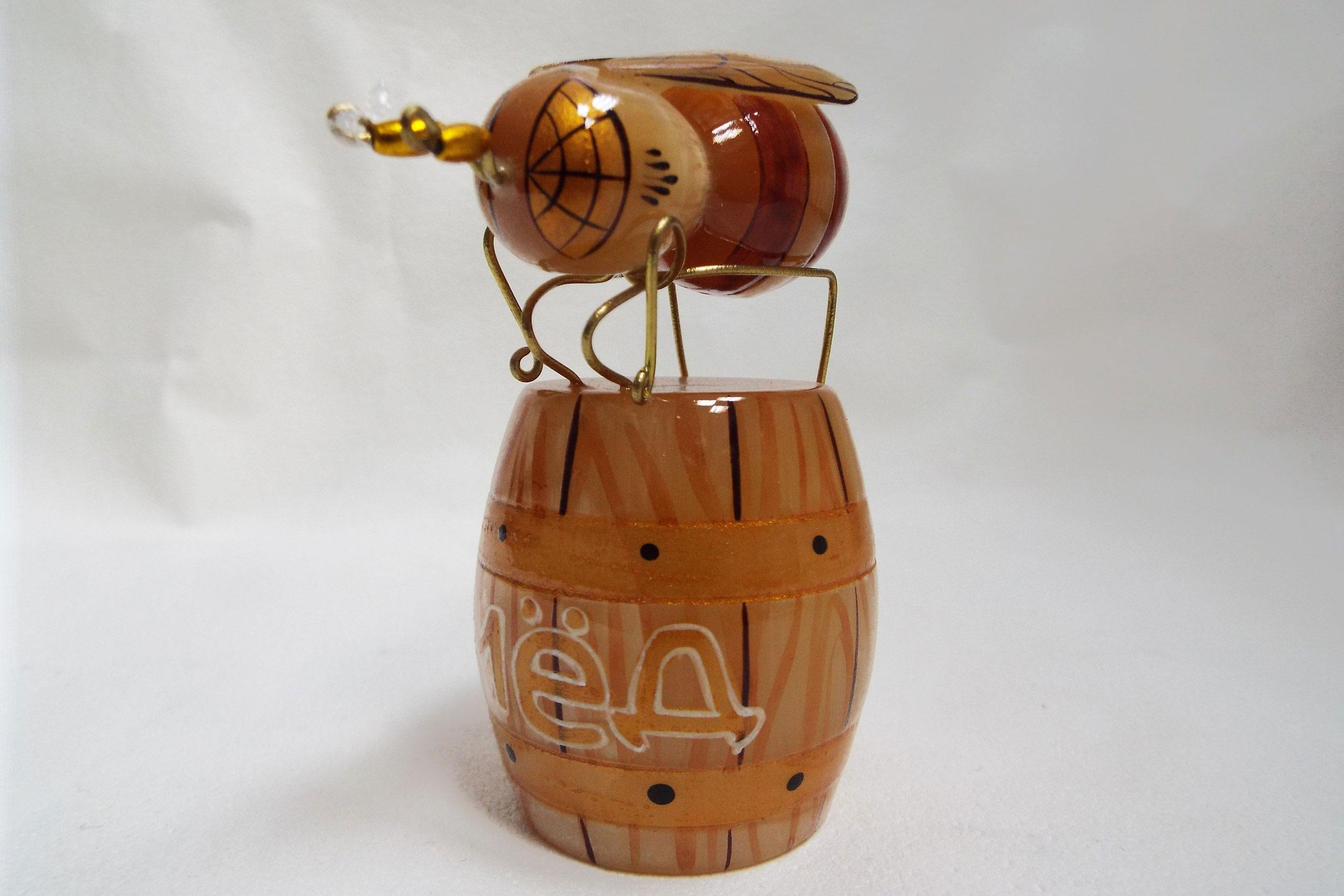 Пчела из селенита