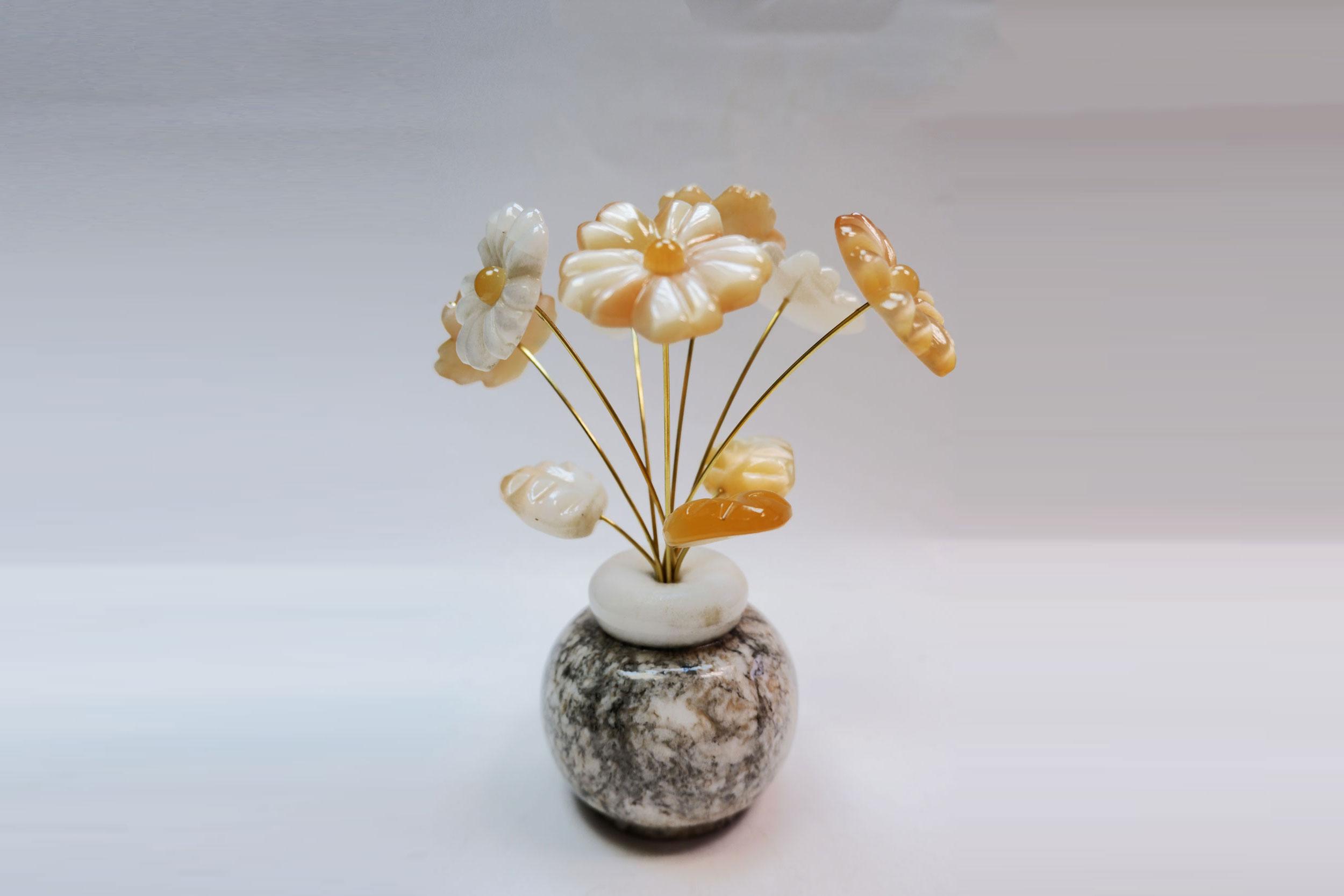 Розы из селенита