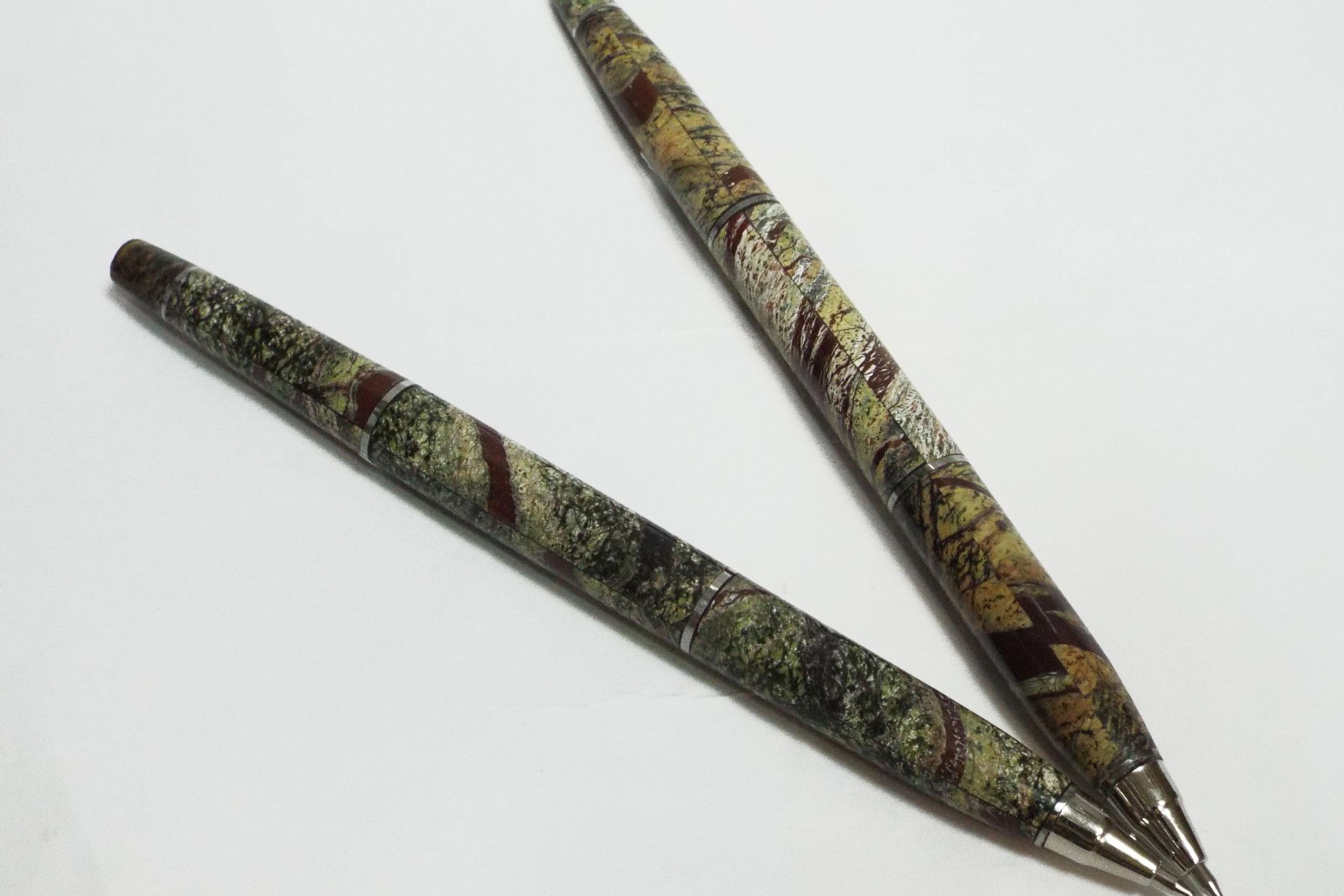 Ручки из цветного камня