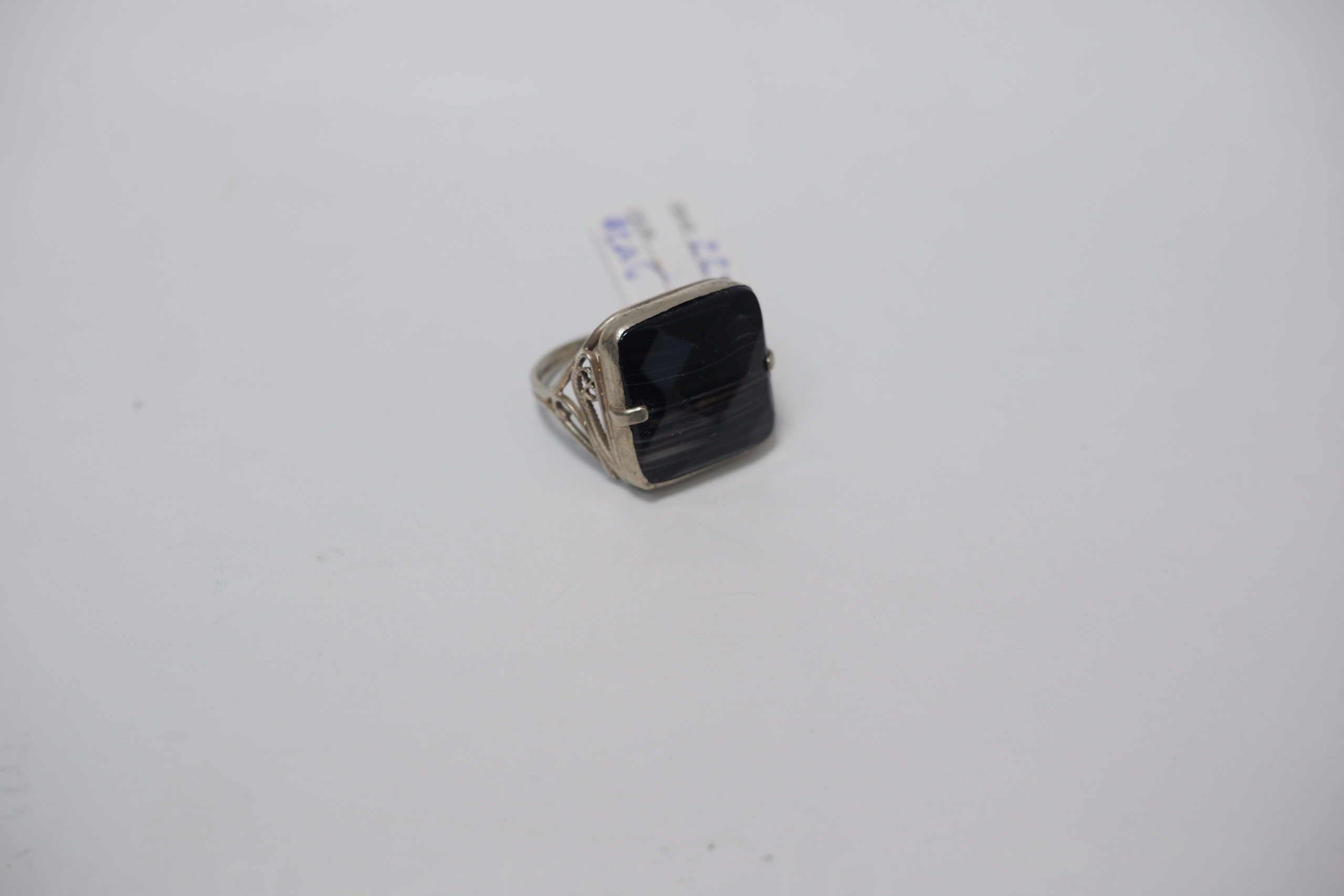 Кольцо из черного агата