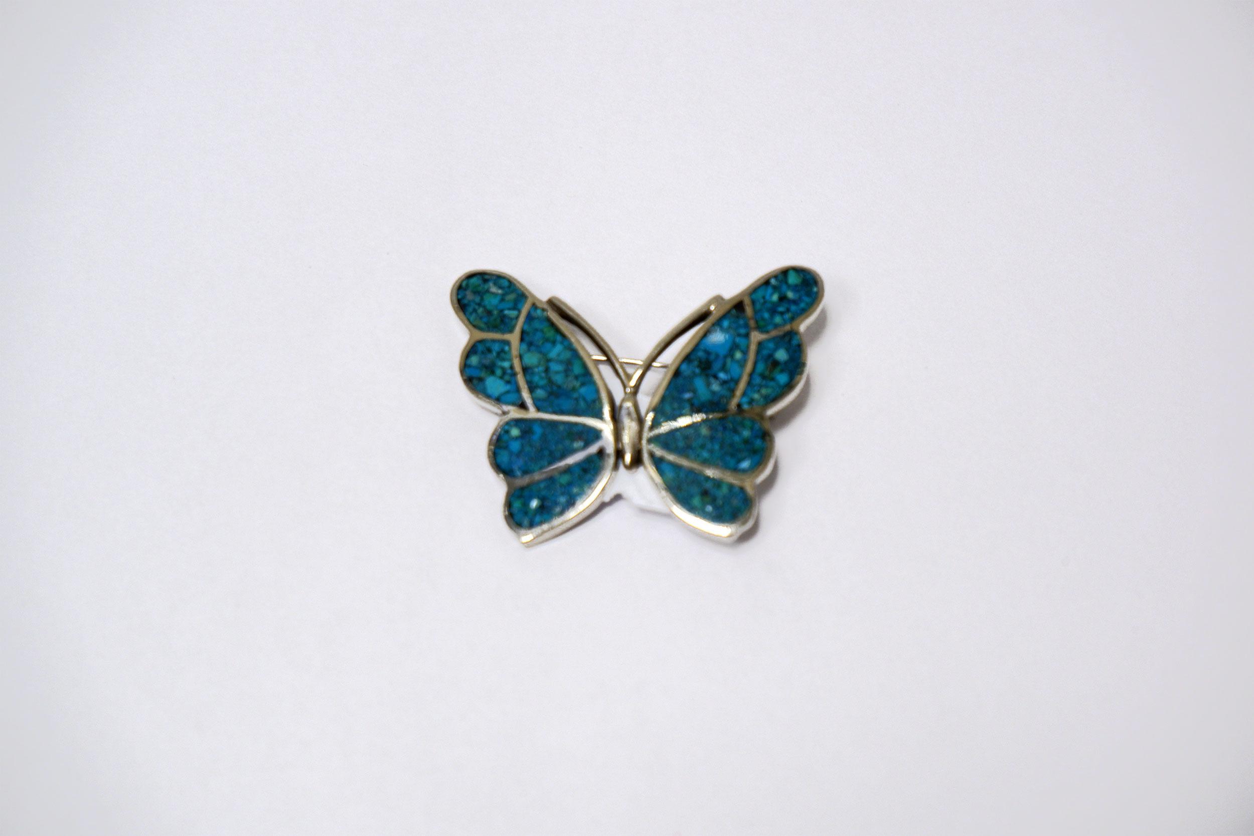 Брошь-бабочка из хризоколлы