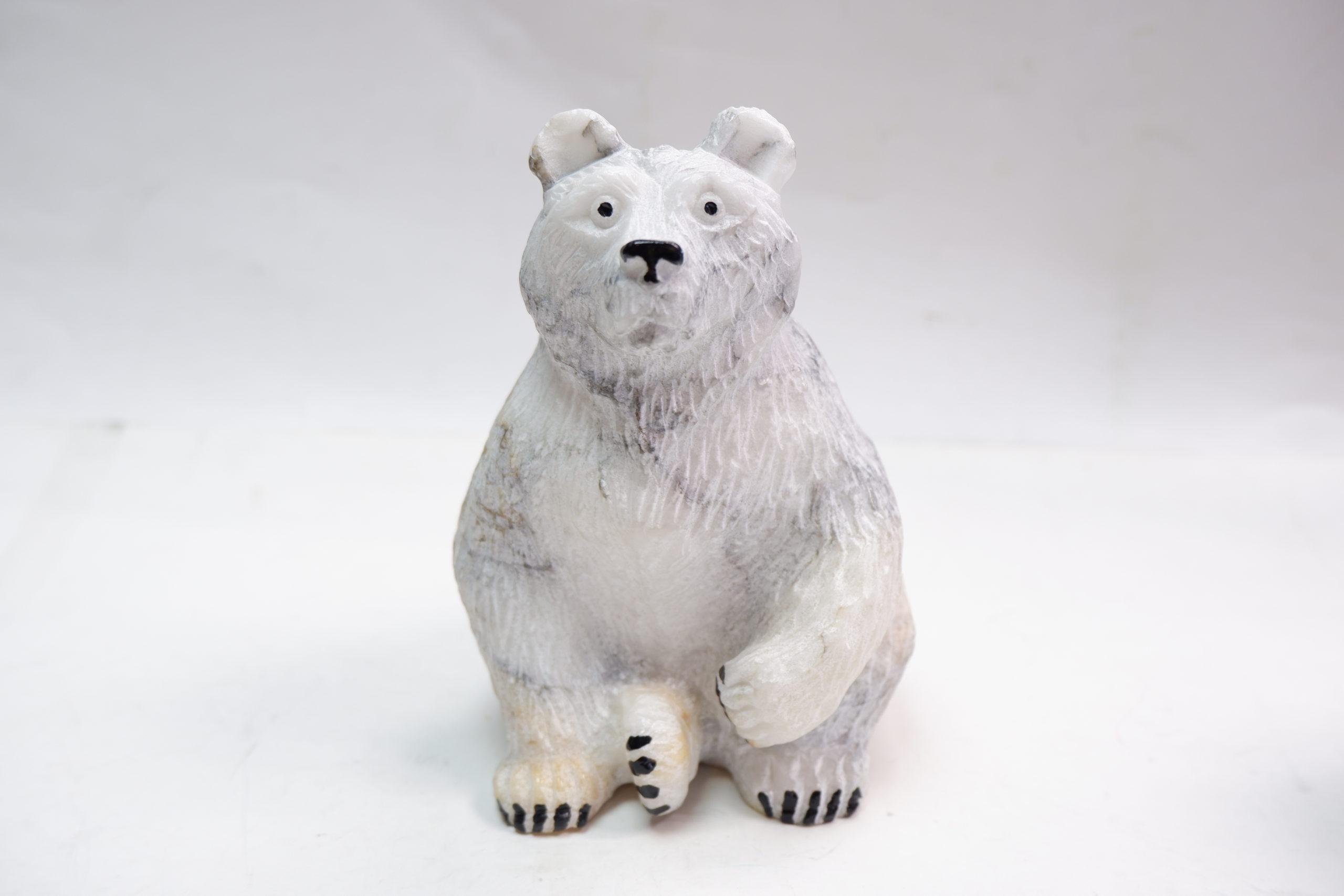 Медведь белый ангидрит