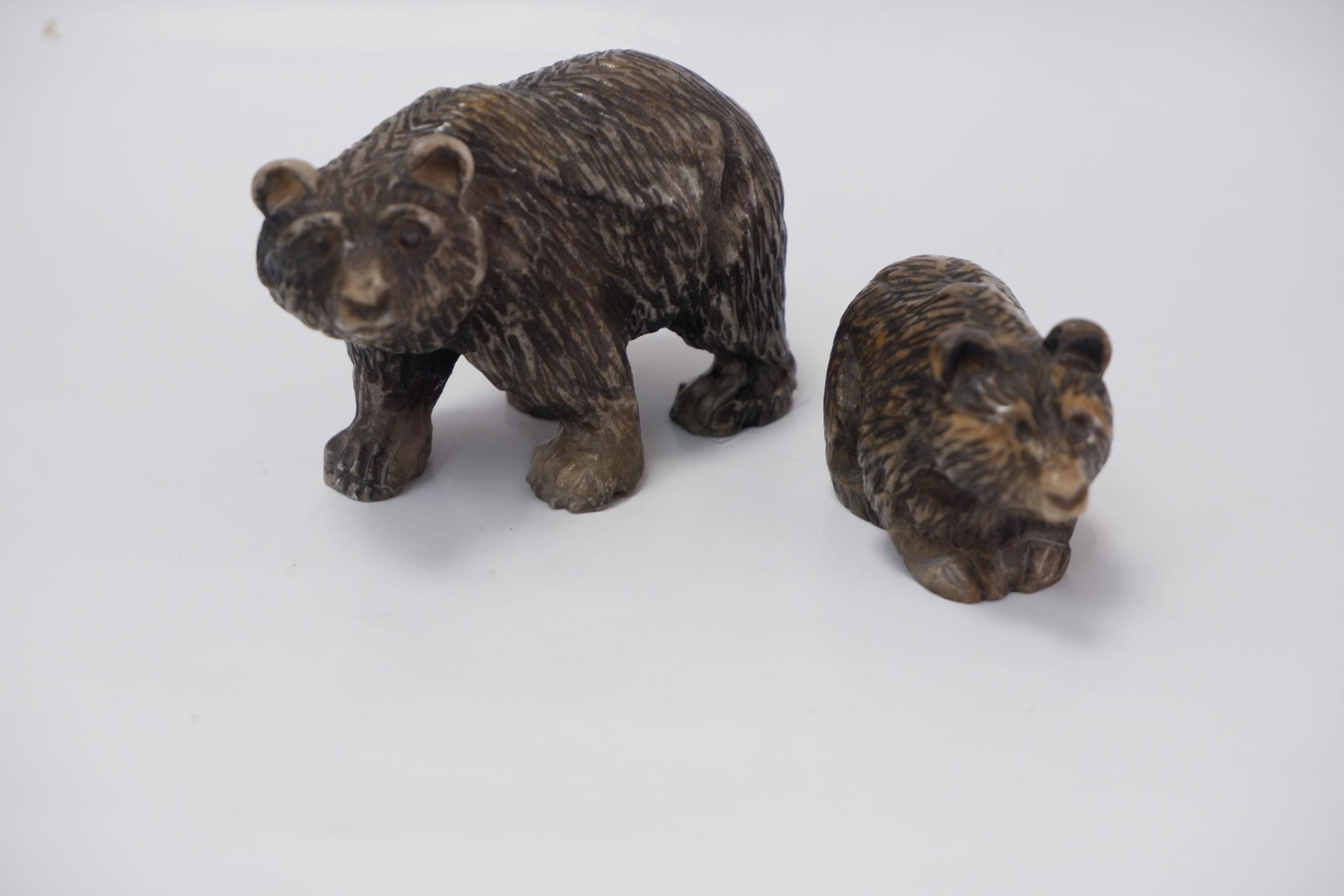 Медведи из ангидрита