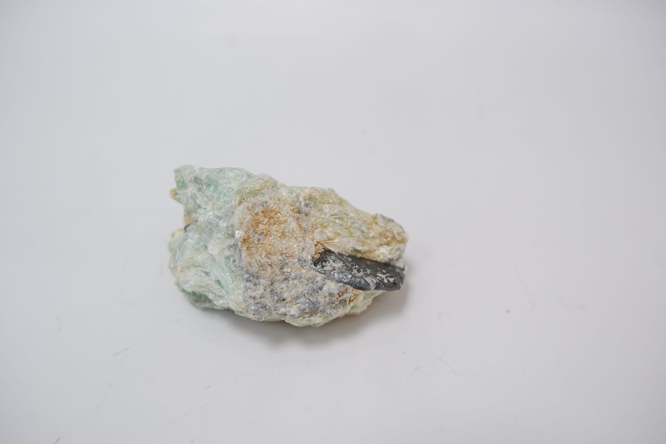 Тальк с гематитом