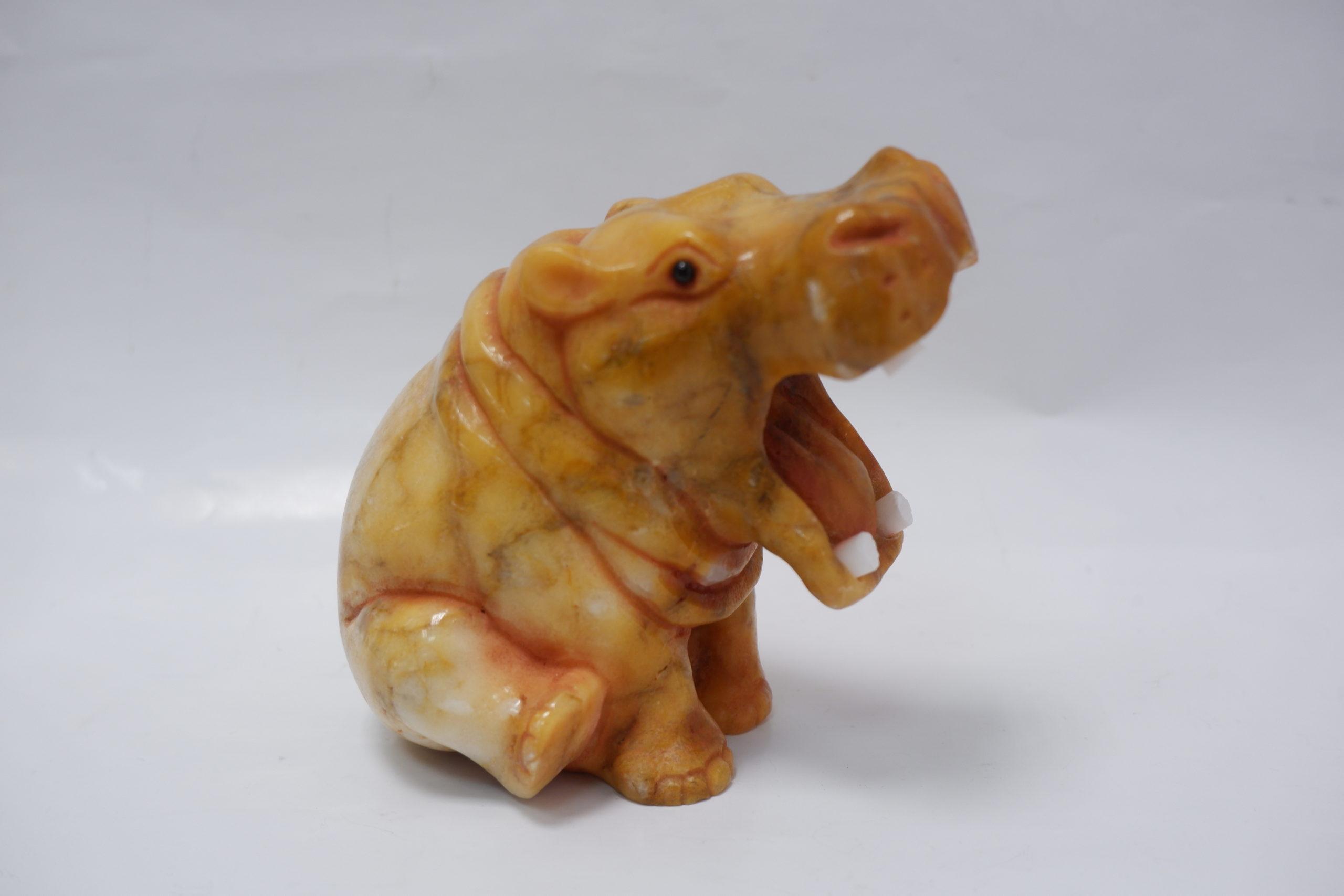 Бегемот из ангидрита