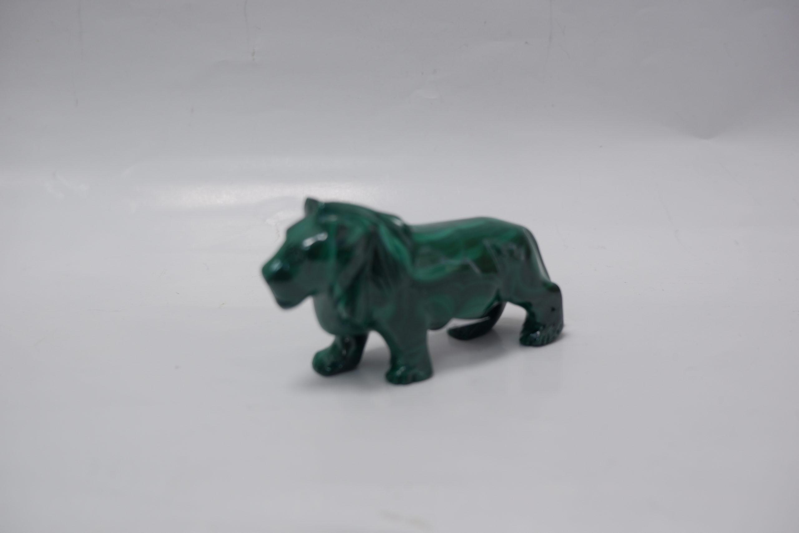 Лев из малахита